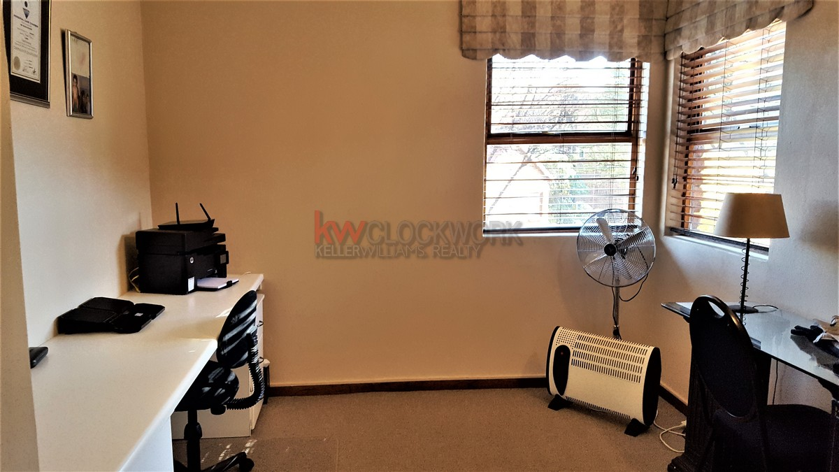 3 Bedroom Townhouse for sale in Bassonia ENT0044188 : photo#19