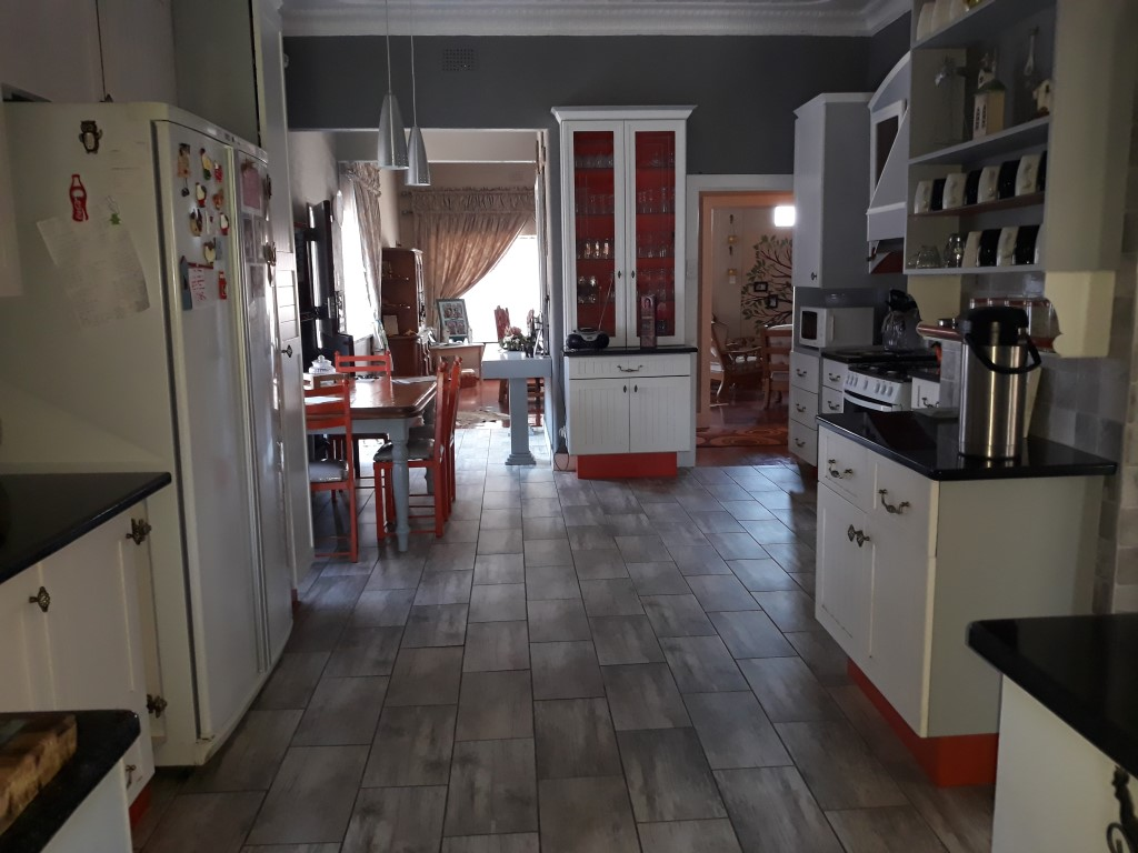 4 Bedroom House for sale in Florentia ENT0085926 : photo#11