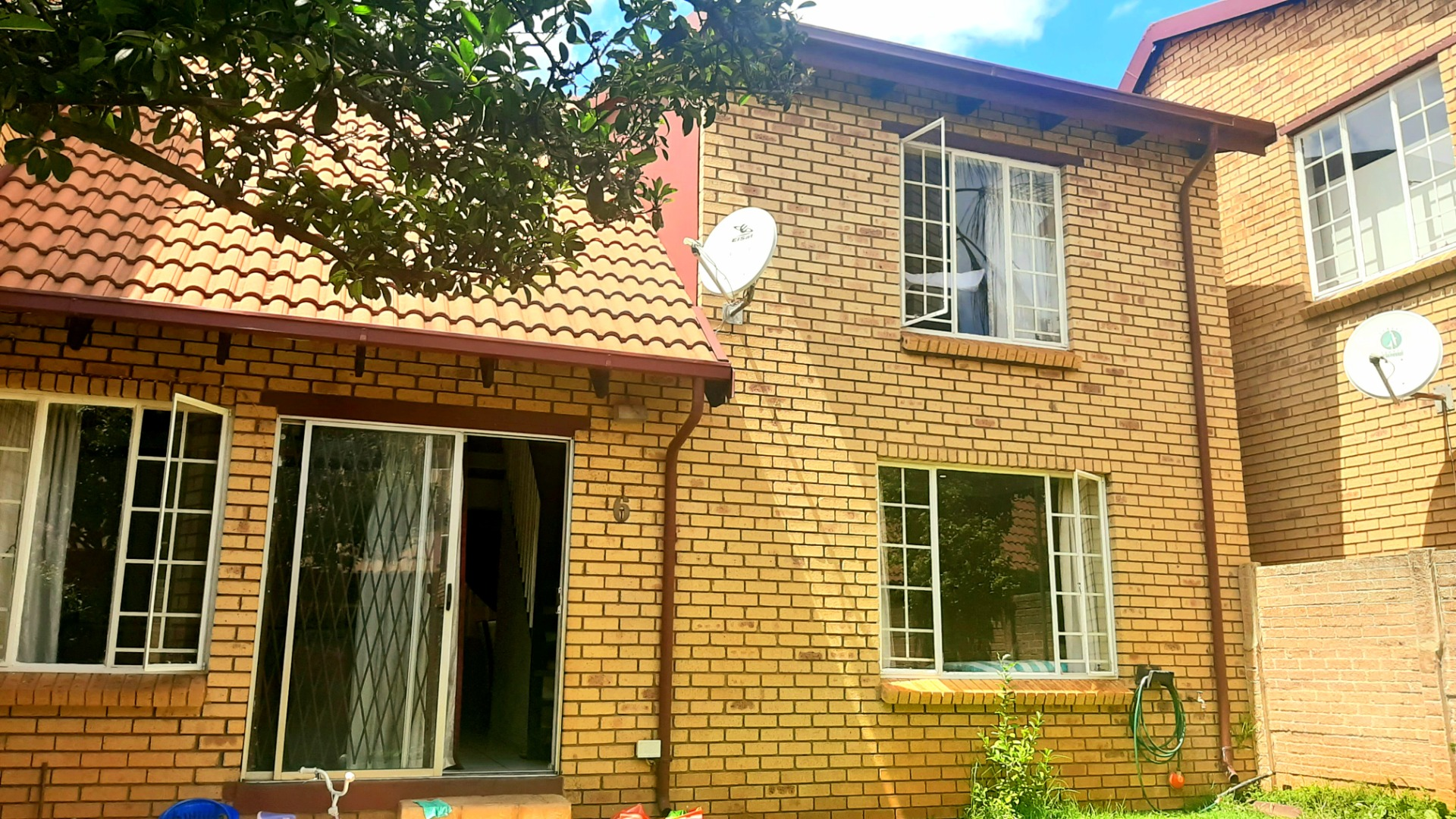3 Bedroom Townhouse for Sale Hennopspark