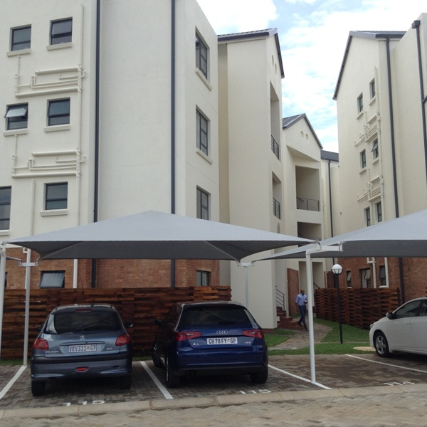 2 BedroomTownhouse To Rent In The Isle