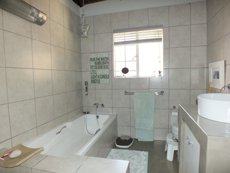 4 Bedroom House for sale in Fourways ENT0055006 : photo#15