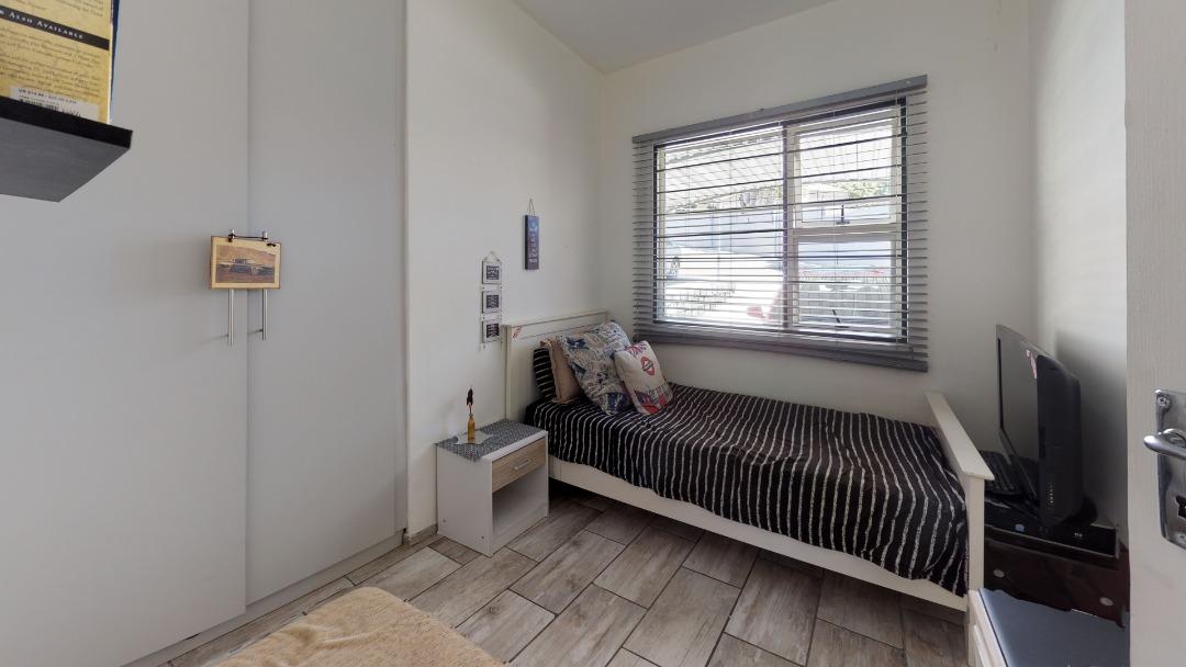 1-Sunny-side-Ridge-Bedroom(2).jpeg