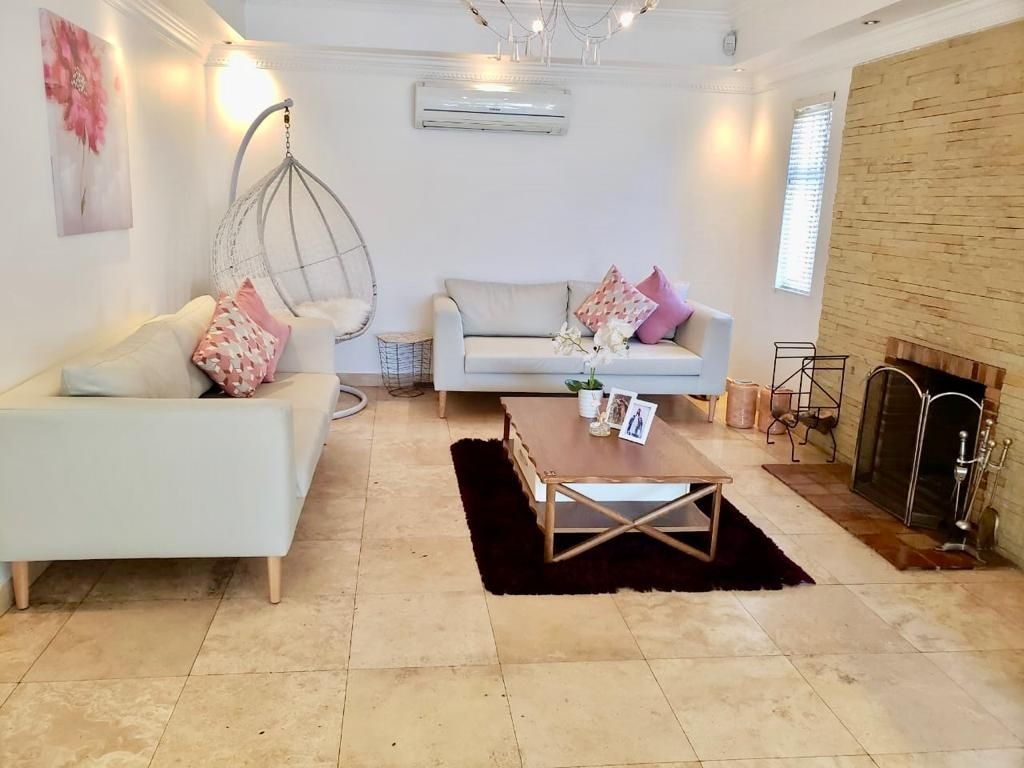 Beautifully renovated home in Labiance