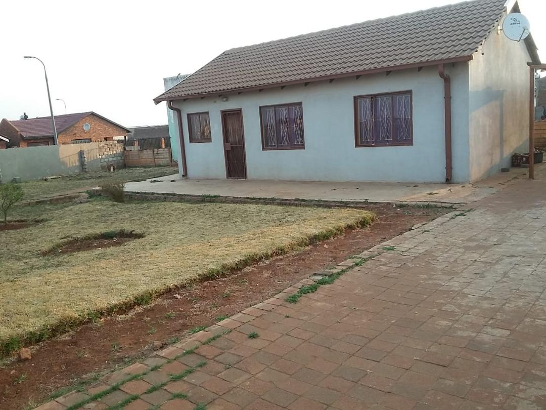 Three bedroom home for sale in Villa Liza