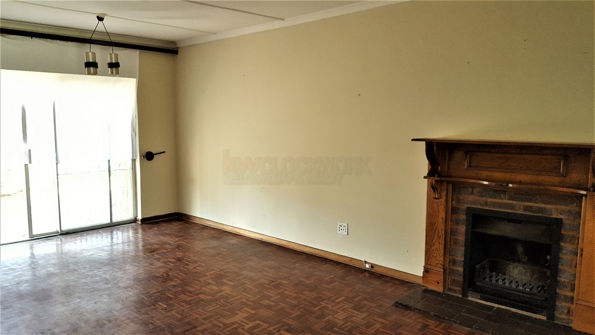 3 Bedroom House for sale in Verwoerdpark ENT0079258 : photo#2