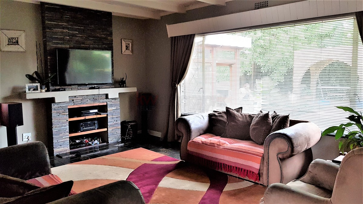 3 Bedroom House for sale in Verwoerdpark ENT0084389 : photo#12