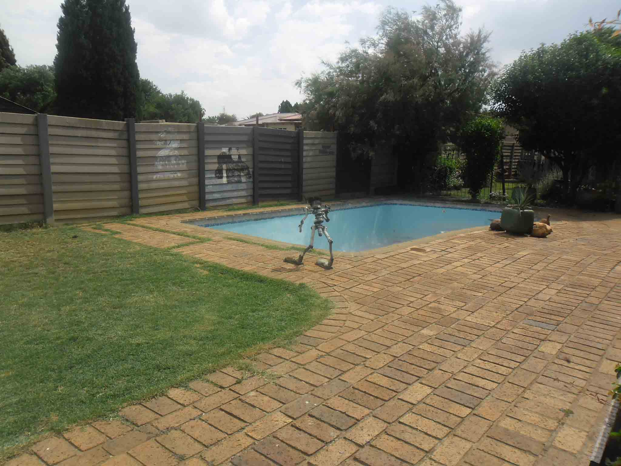 5 BedroomHouse For Sale In Potchefstroom Central
