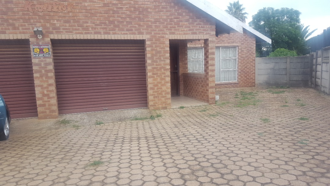 A beautiful and big family home in Greenhill