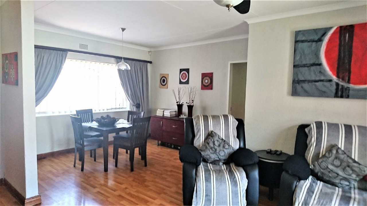 4 Bedroom House for sale in Brackendowns ENT0077760 : photo#5