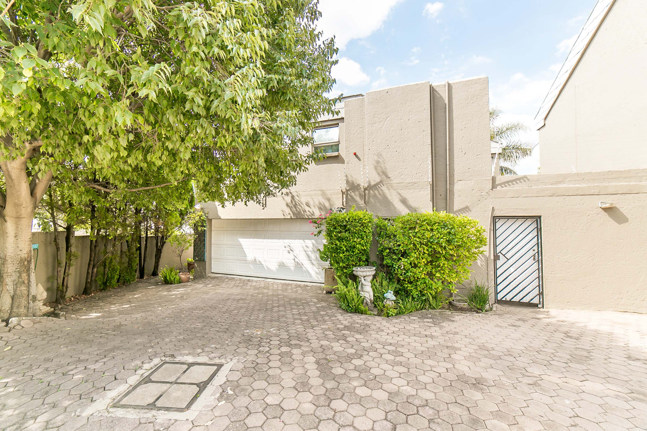 4 Bedroom House for sale in Lonehill ENT0082001 : photo#27