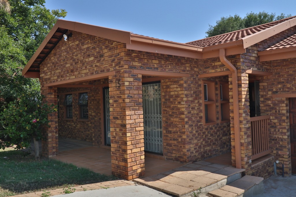 House For Sale in Brits Central