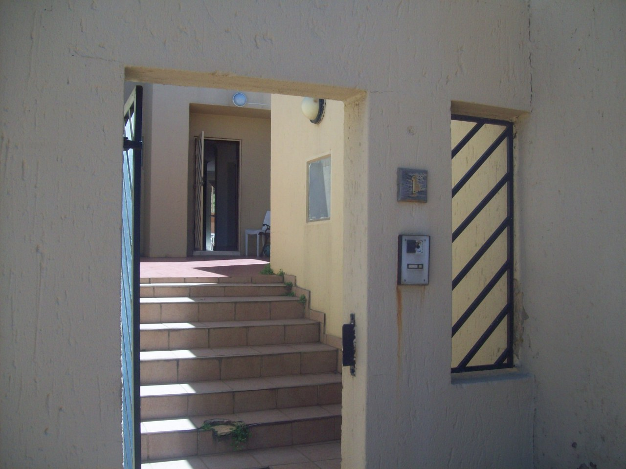 3 Bedroom Townhouse for sale in Bassonia ENT0071278 : photo#0