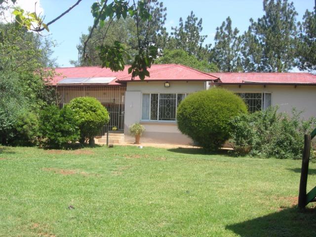 4 BedroomHouse For Sale In Walkerville