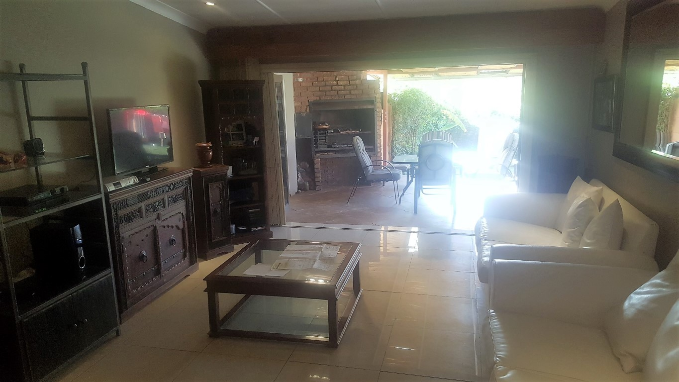 4 Bedroom House for sale in Kempton Park Ext 4 ENT0031084 : photo#1