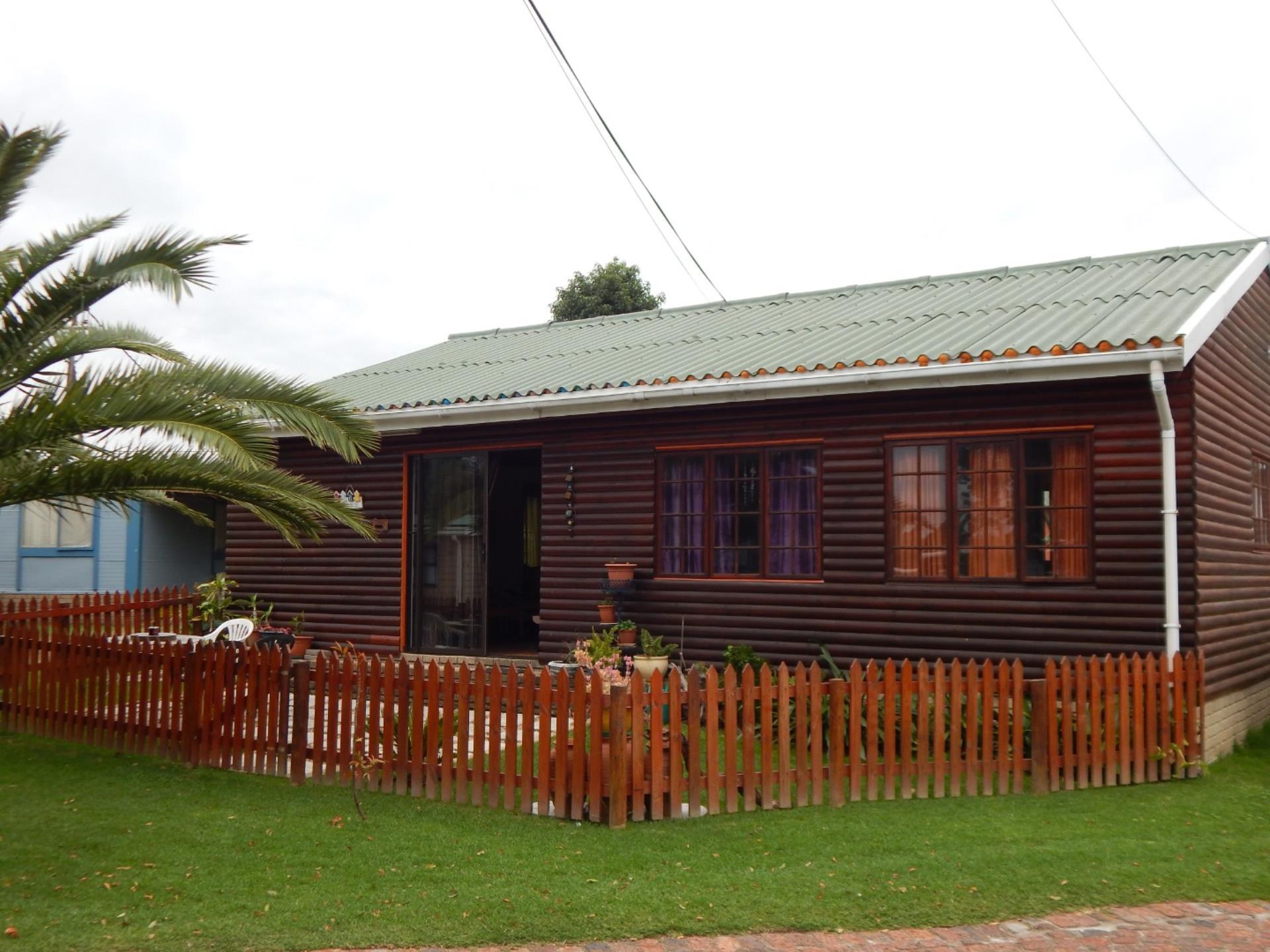 2 BedroomHouse For Sale In Great Brak River