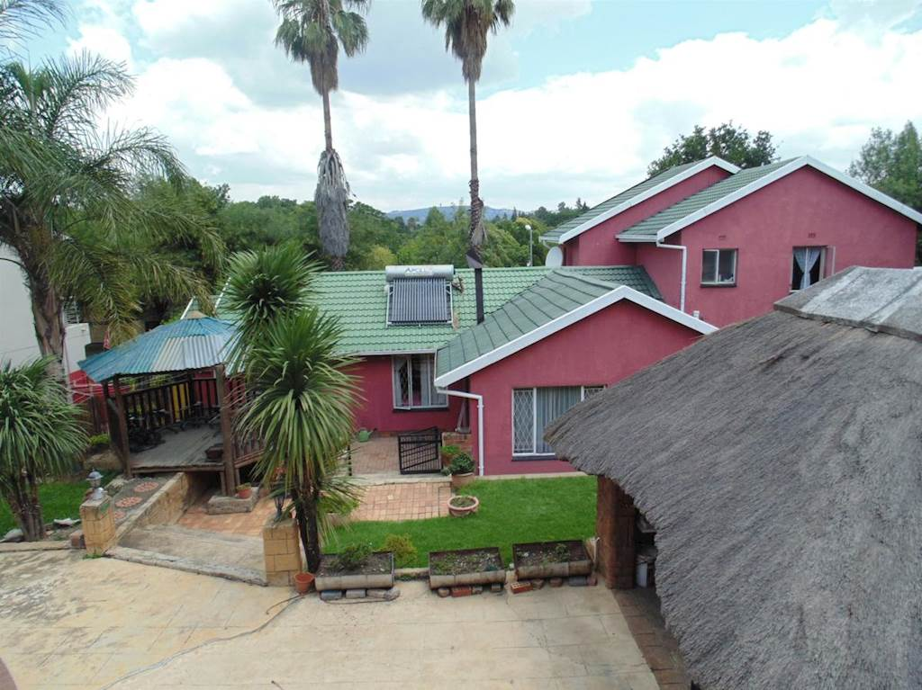 4 BedroomHouse For Sale In Bromhof