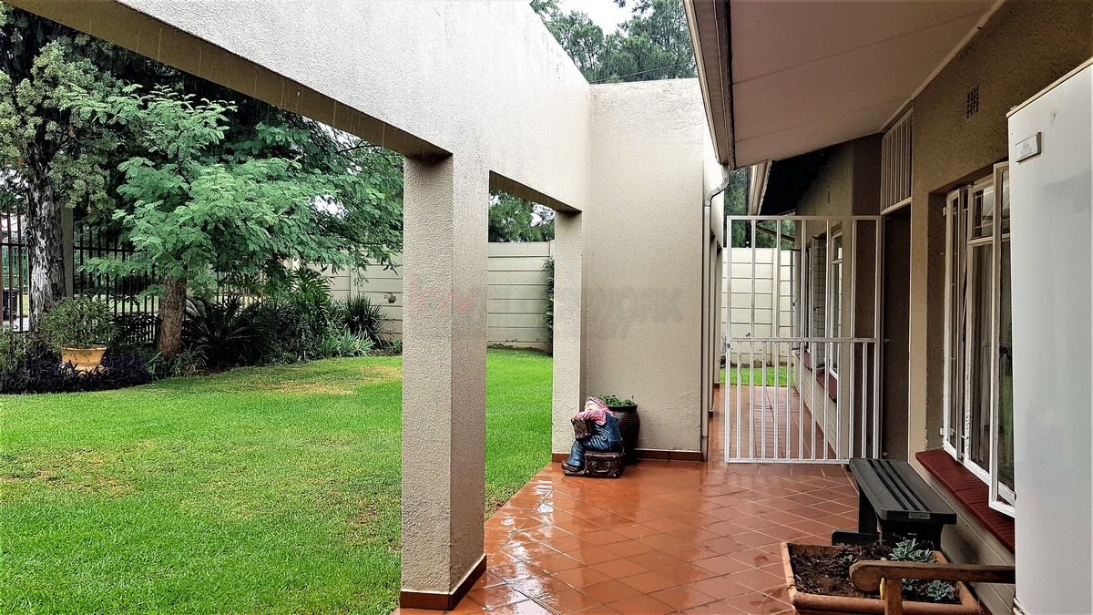 3 Bedroom House for sale in Florentia ENT0087081 : photo#8