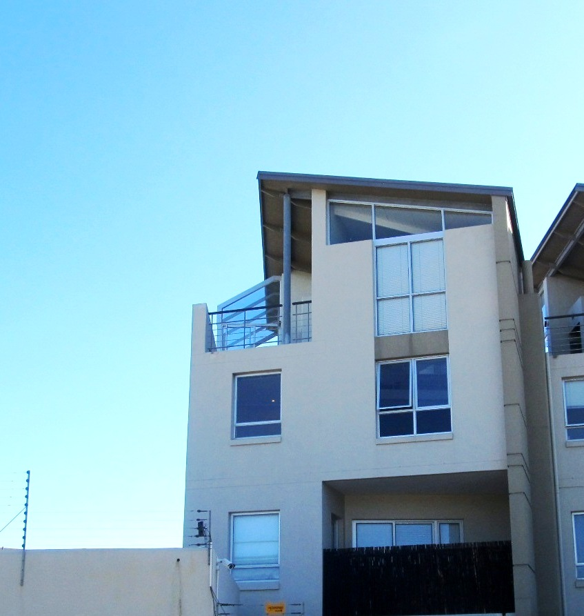 2 BedroomApartment For Sale In Walmer