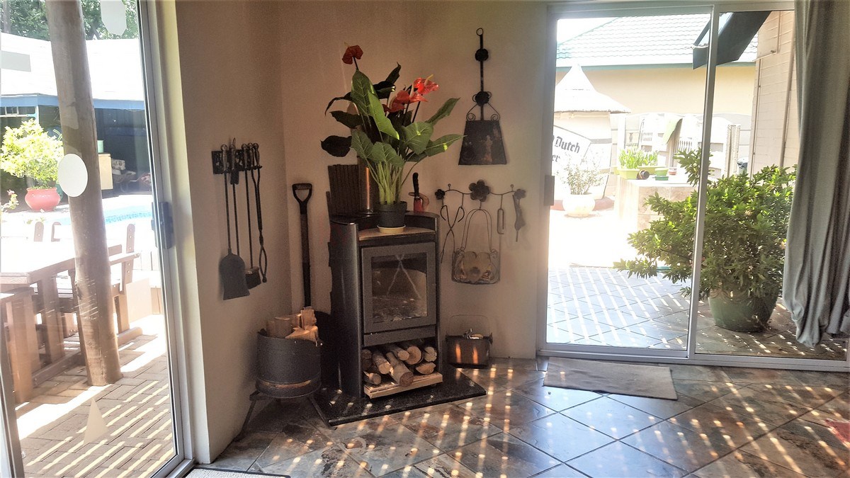 4 Bedroom House for sale in Verwoerdpark ENT0079262 : photo#20