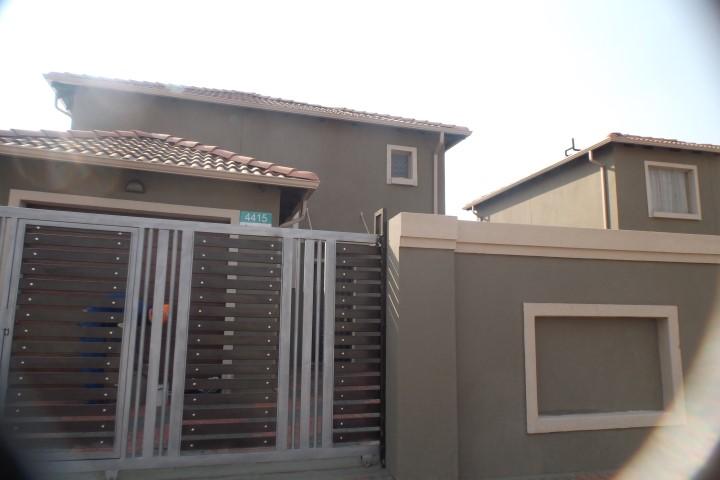 3 BedroomHouse To Rent In Albertsdal