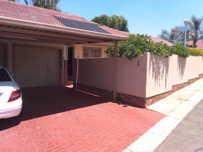 2 Bedroom House for sale in South Crest ENT0074616 : photo#1