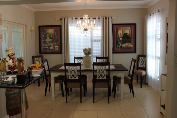 4 BedroomHouse For Sale In Country Club