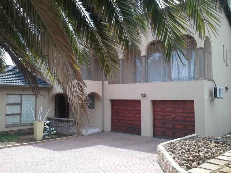 4 BedroomHouse For Sale In Del Judor Ext 1