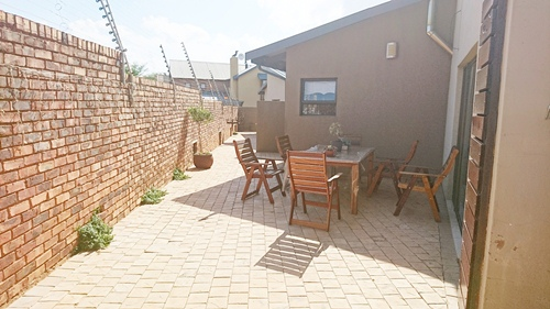 4 Bedroom House for sale in Olympus ENT0079759 : photo#13