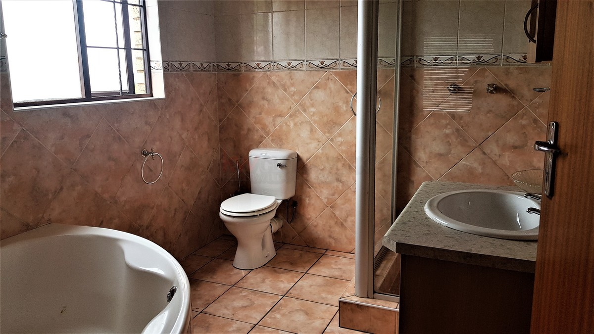3 Bedroom House for sale in South Crest ENT0086991 : photo#15