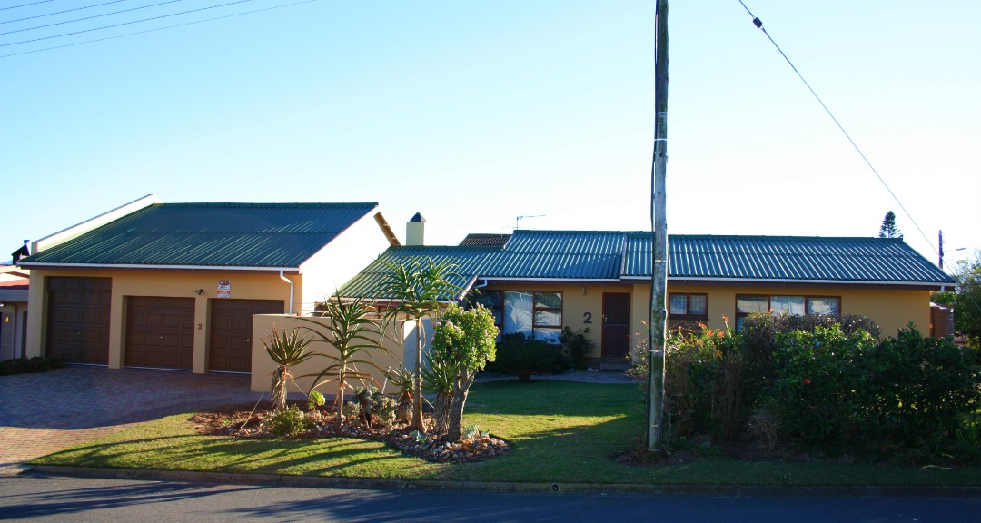 3 Bedroom House Fraaiuitsig with a Large Flatlet