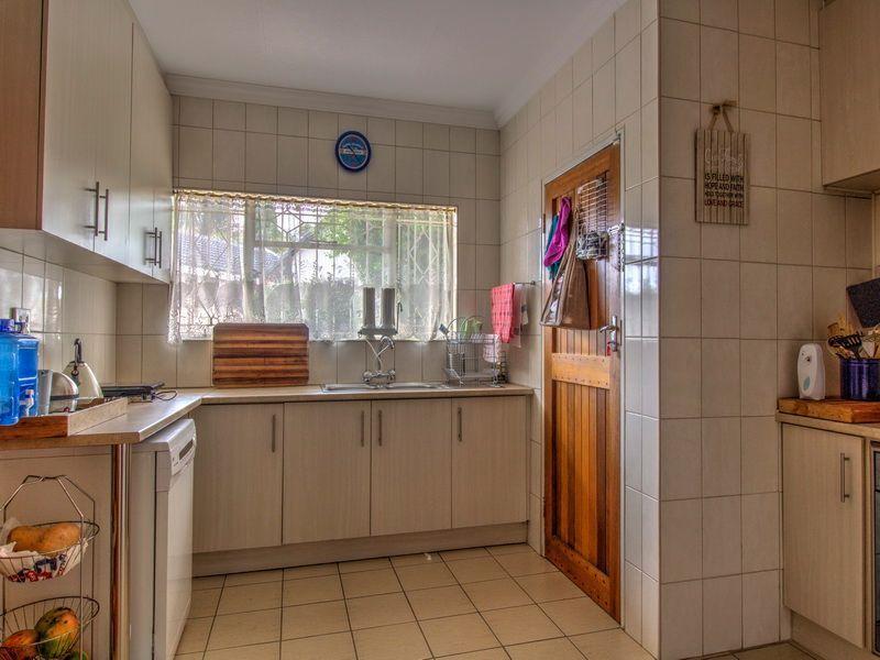3 Bedroom House for sale in Glen Marais ENT0090582 : photo#2