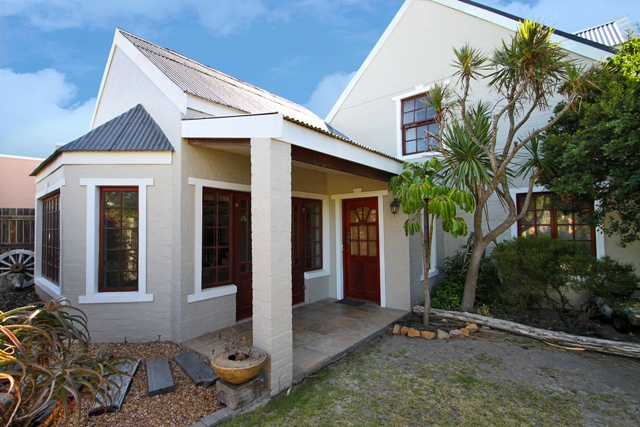 The Value of Position!  Charming and spacious home in Milkwood Park