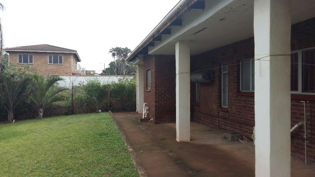 5 BedroomHouse For Sale In Tinley Manor