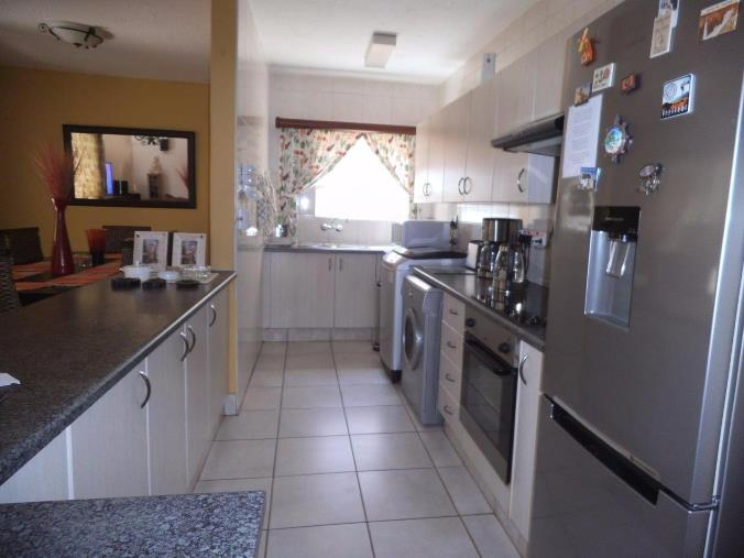 3 Bedroom Townhouse for sale in New Redruth ENT0070589 : photo#3