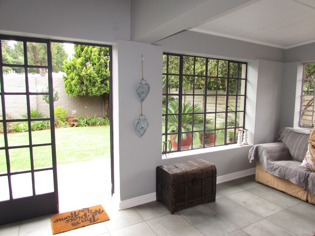 Modern Luxury 3 Bedroom Home