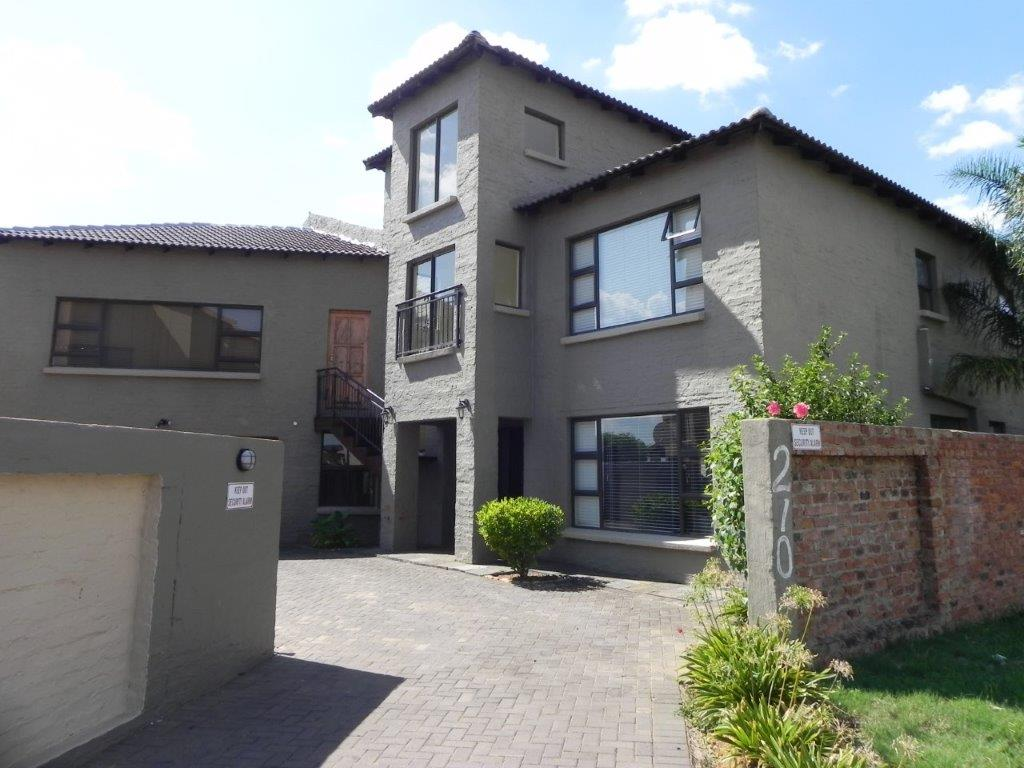 5 Bedroom Double Storey House in Bougainvilla Estate Melody