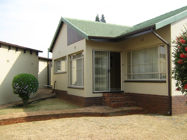 3 BedroomHouse For Sale In Primrose
