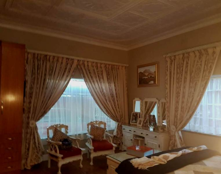 4 Bedroom House for sale in Florentia ENT0079846 : photo#41