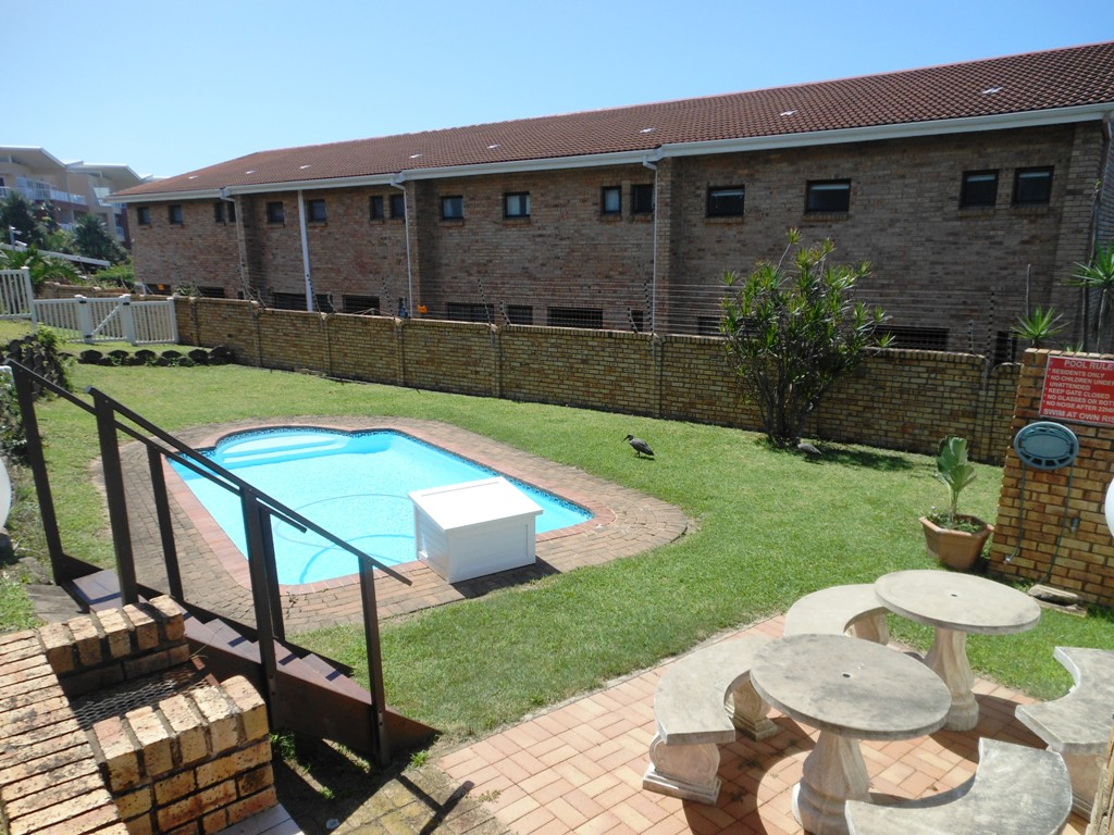 Immaculate 3 Bedroom unit in Central Margate