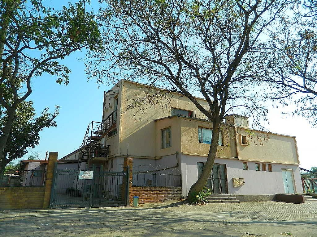 Entrepreneurs this Commercial property situated in Booysens can be used for many types of businesses.