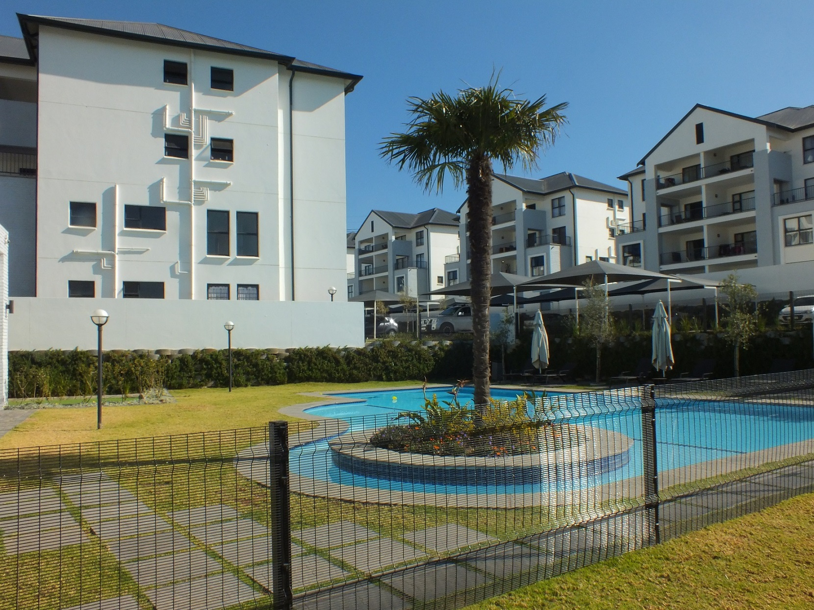 1 Bedroom Apartment for sale in Bryanston ENT0067747 : photo#0