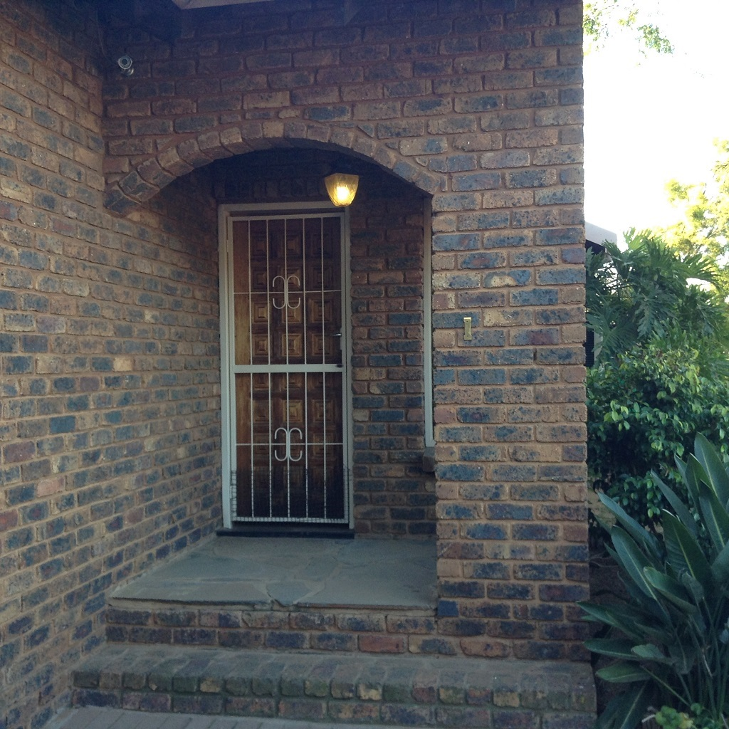 5 BedroomHouse For Sale In Rayton