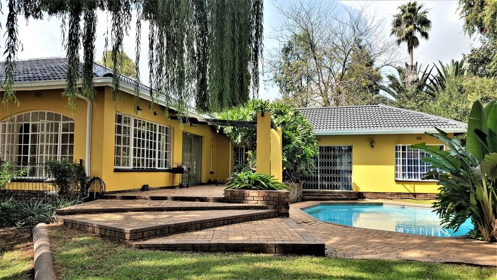 4 BedroomHouse For Sale In Brackenhurst Ext 2