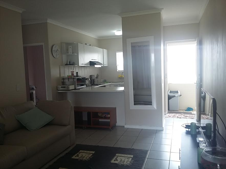 2 Bedroom Apartment for sale in Milnerton ENT0013596 : photo#3