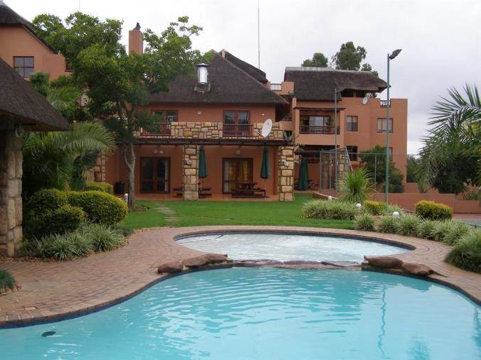2 Bedroom Apartment for Sale in Sunninghill