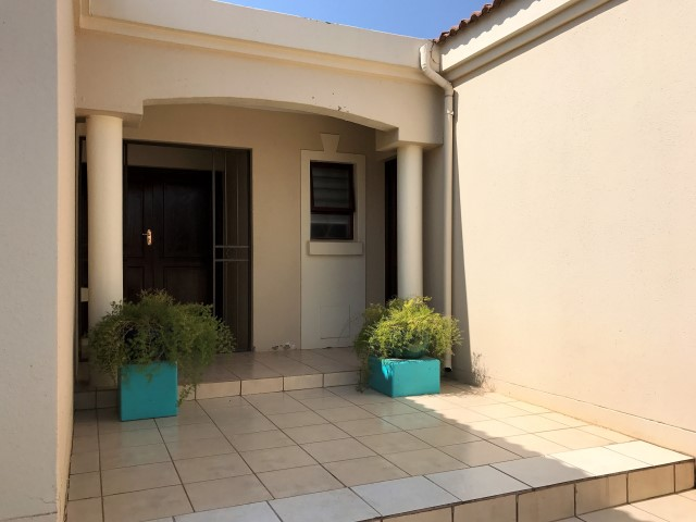 3 Bedroom Townhouse for sale in North Riding ENT0067466 : photo#2