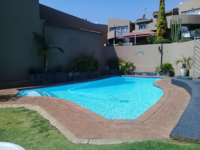 2 Bedroom Townhouse for sale in Bassonia ENT0067830 : photo#3