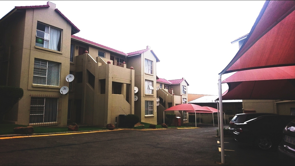 2 Bedroom Townhouse for sale in Bassonia ENT0018622 : photo#1