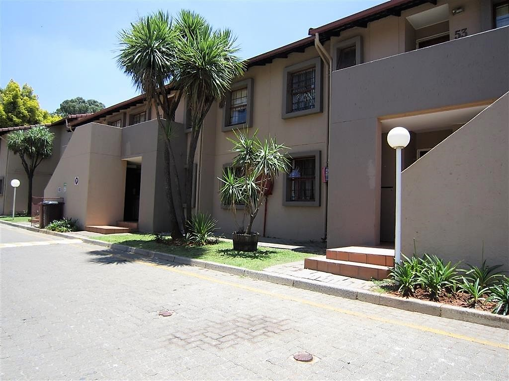 2 BedroomApartment For Sale In Lakefield