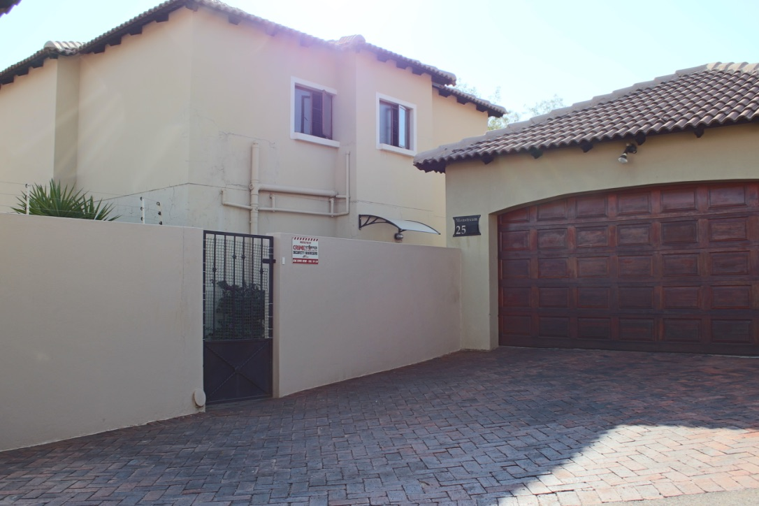 3 BedroomHouse For Sale In Noordheuwel